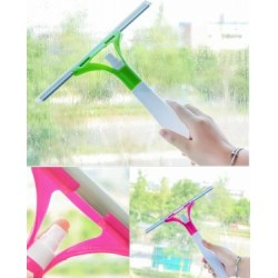 window water spray glass cleaner
