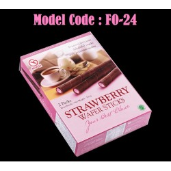 120g Kugi Strawberry Wafer Sticks