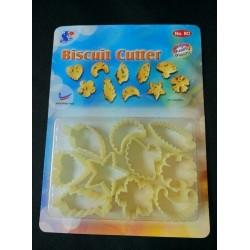 110 plastic biscuit cutter 3X4cm+ -